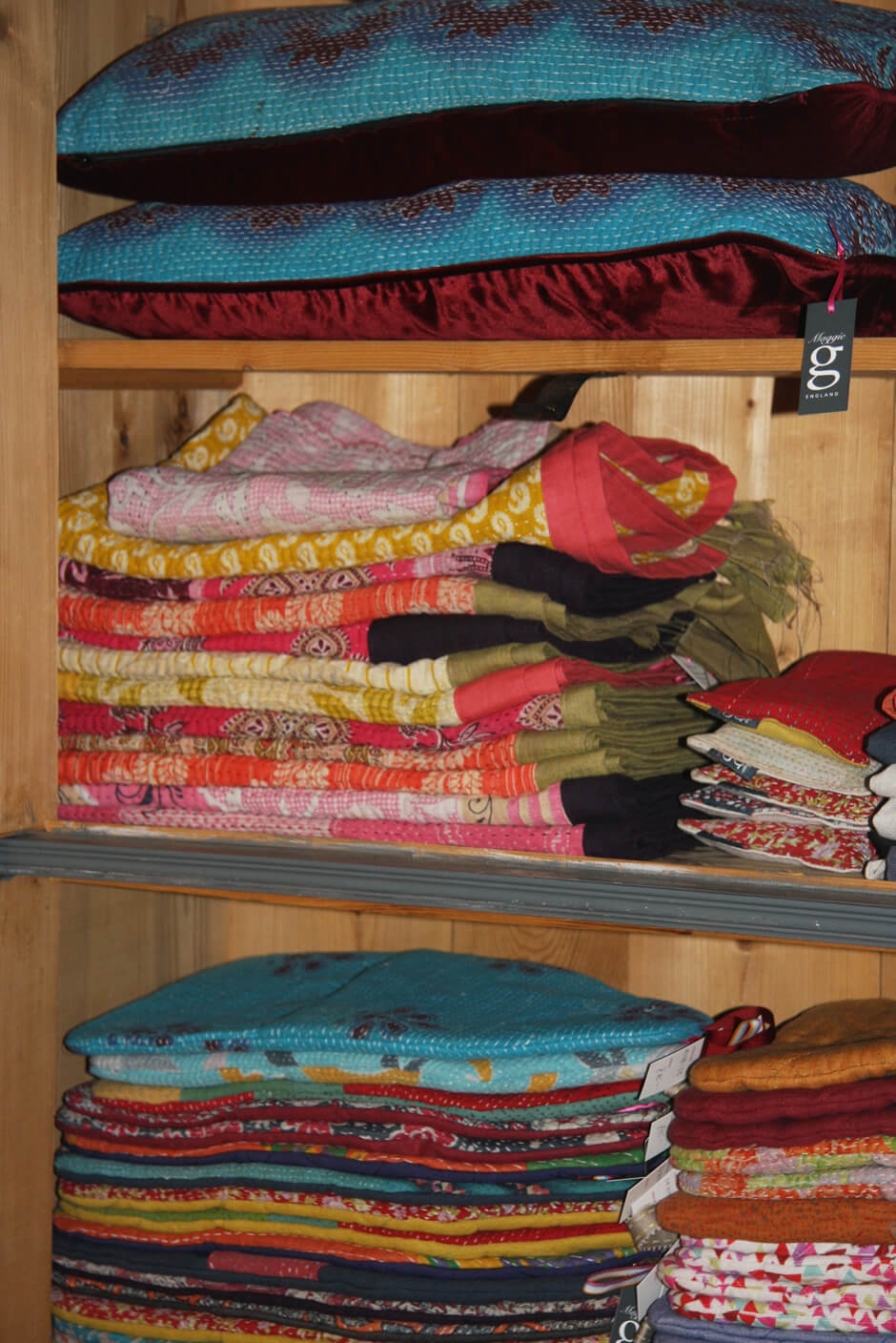 Blankets, home accessories, Maggie g