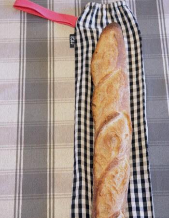 Maggie g baguette bag with baguette