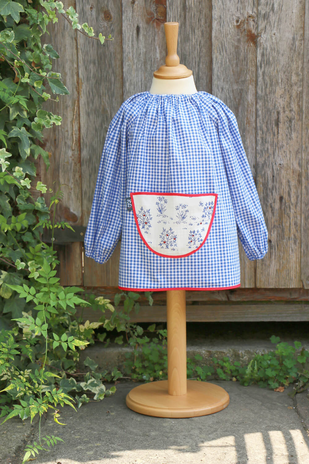 Traditional children's blue gingham smock, Trees pocket, medium