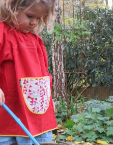 Traditional children's red linen smock - Bunting