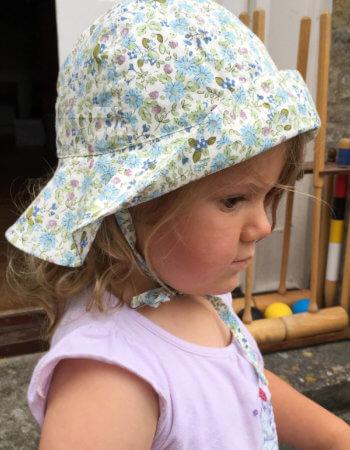 Sun Hat hedgerow